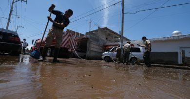 Apoyan a población de Zapotiltic afectada por inundaciones