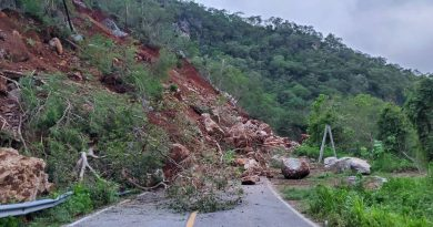 Seguirá cerrada la carretera Melaque-La Huerta